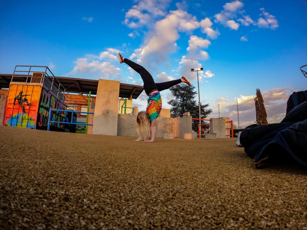 Emilie handstand pkpark