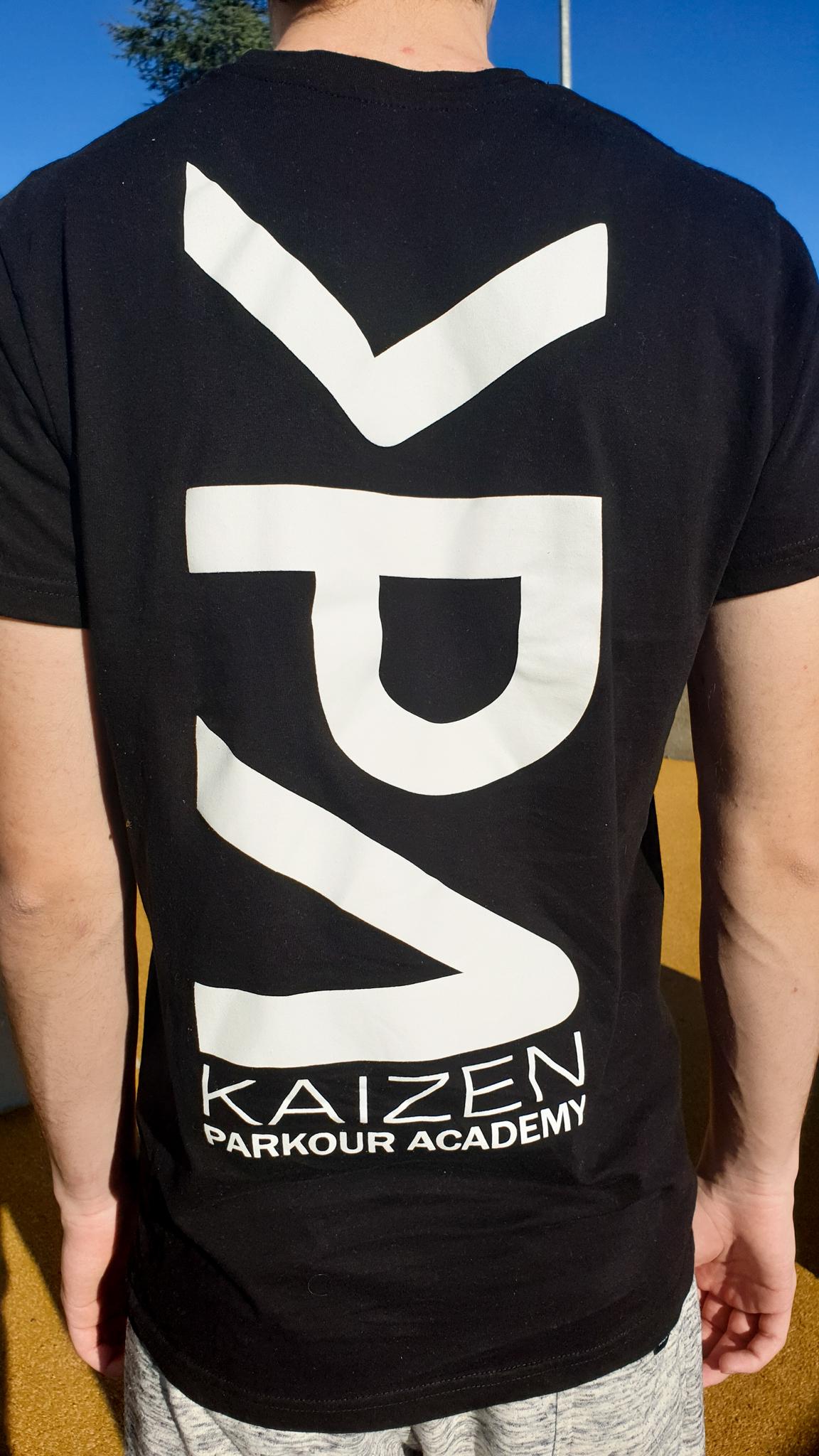 DavidKPa-tshirtModelTextBack2